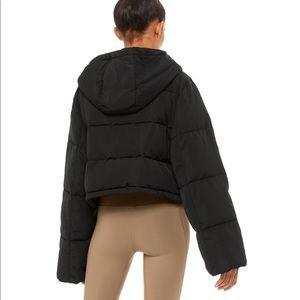ALO Yoga Jackets & Coats - Alo yoga introspective puffer size small black
